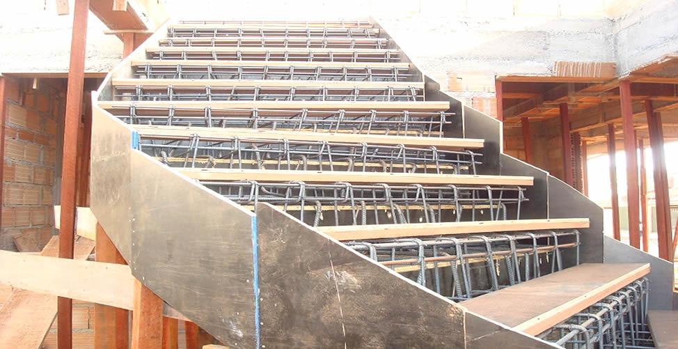 Sonhar com construção de escada