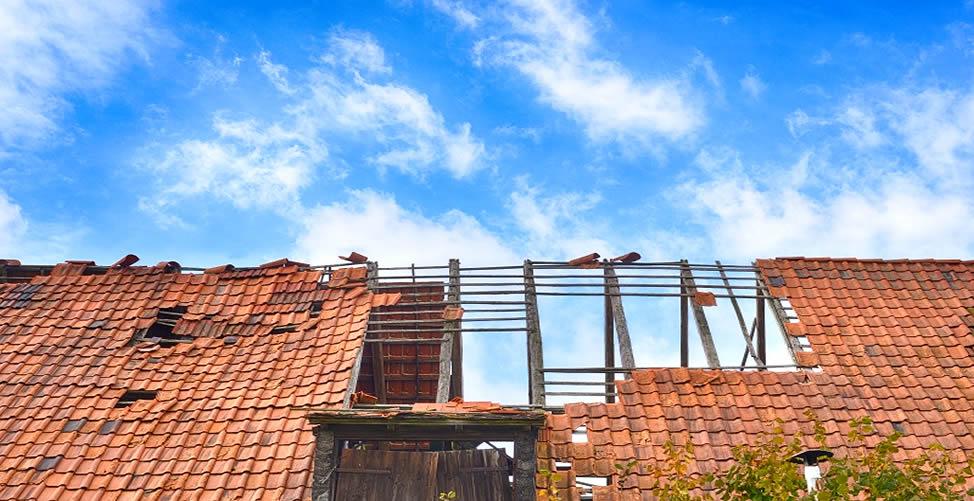 Sonhar Com Telhado Destelhado