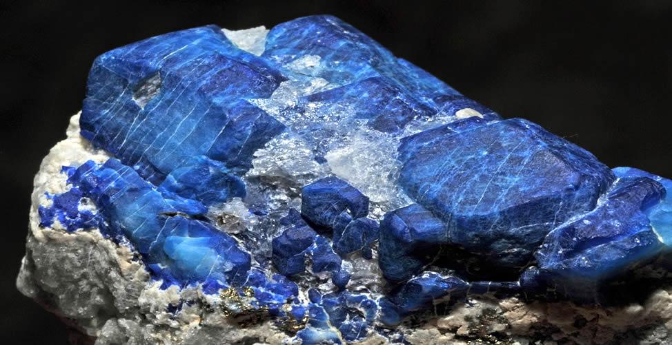 Sonhar Com Cristal Azul