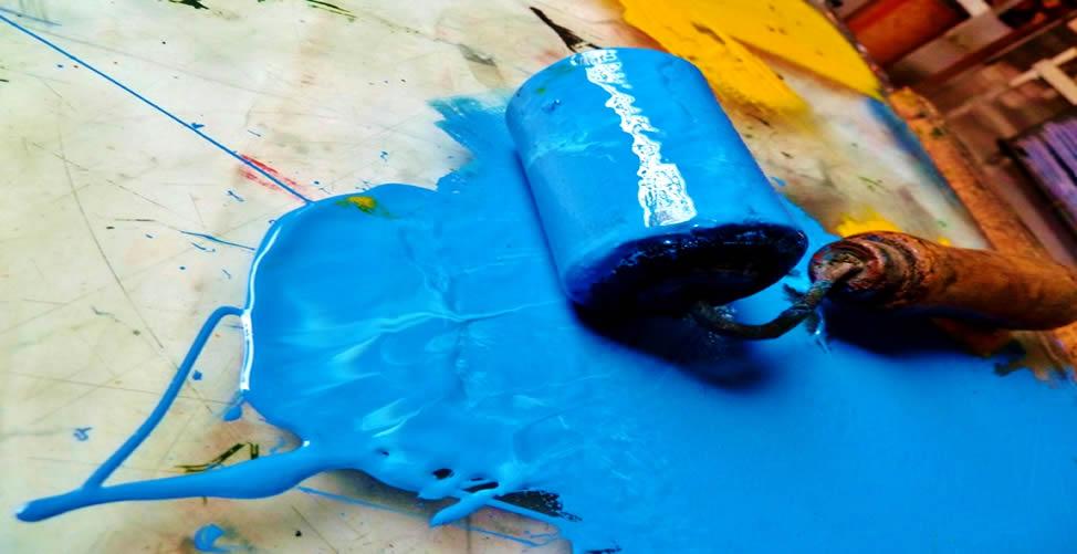 Sonhar Com Tinta Azul