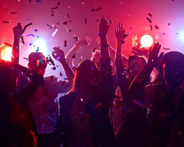 Sonhar-Com-Baile