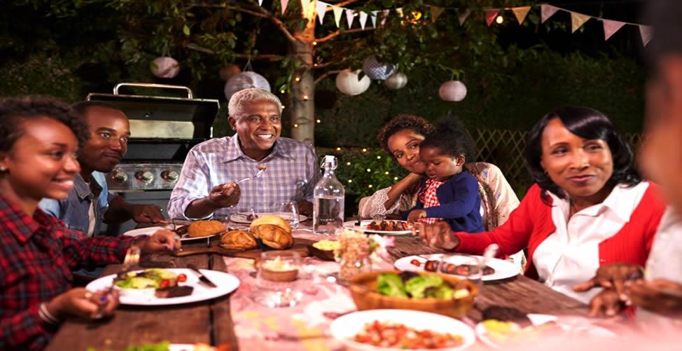 Sonhar Com Jantar em família