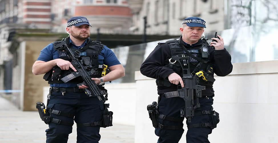 Sonhar Com Policia Armada