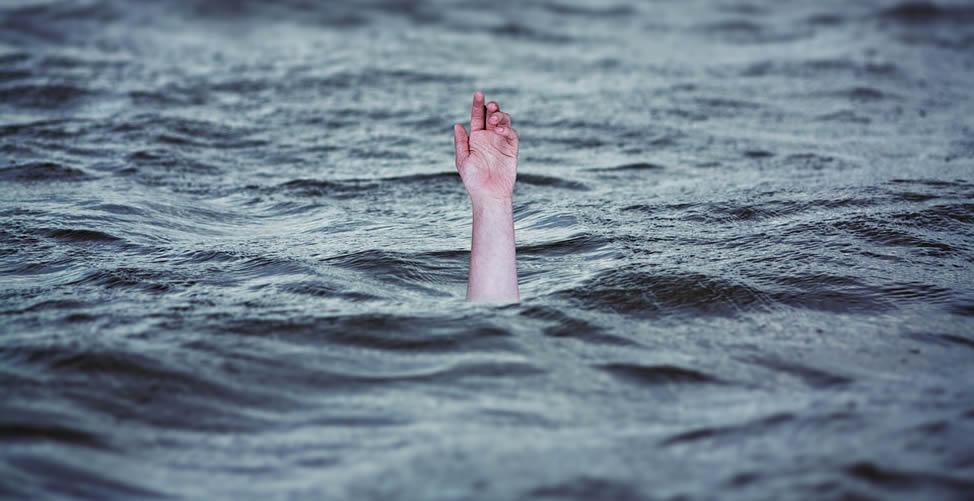 Sonhar Com Nadar e Se afogar