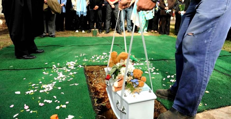 Sonhar Com Enterro de Bebê