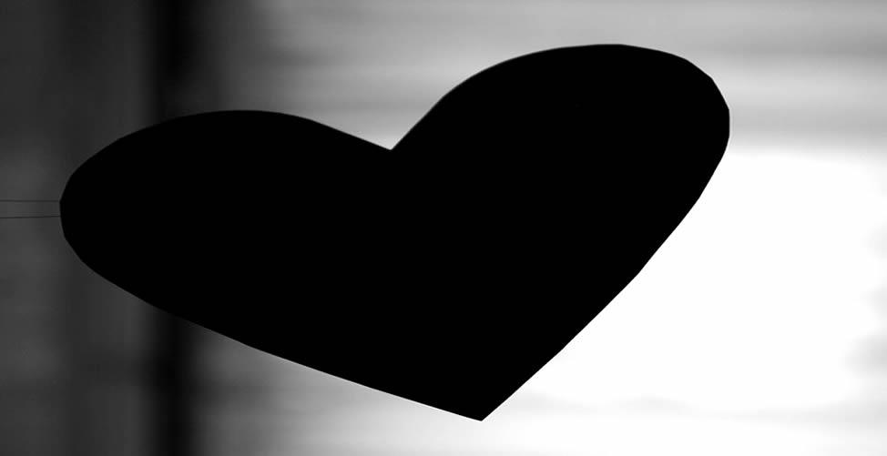 Sonhar Com Coração Preto