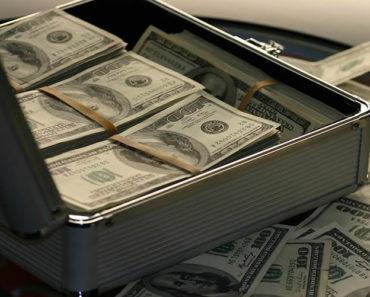 Sonhar Com Muito Dinheiro