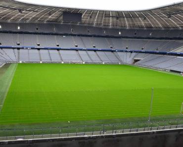 Sonhar Com Campo de Futebol